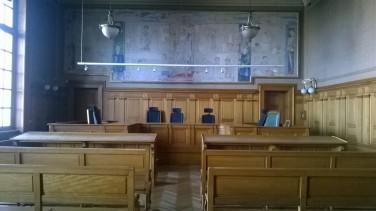 rechtbank binnen